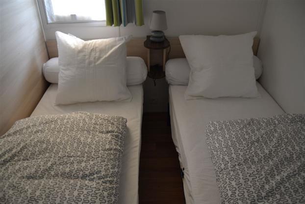 chambre lits 80