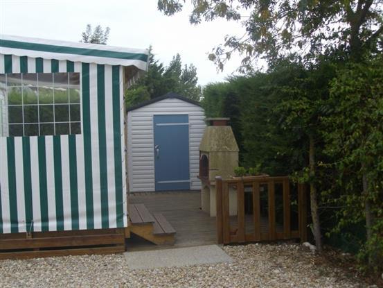 espace terrasse et barbecue