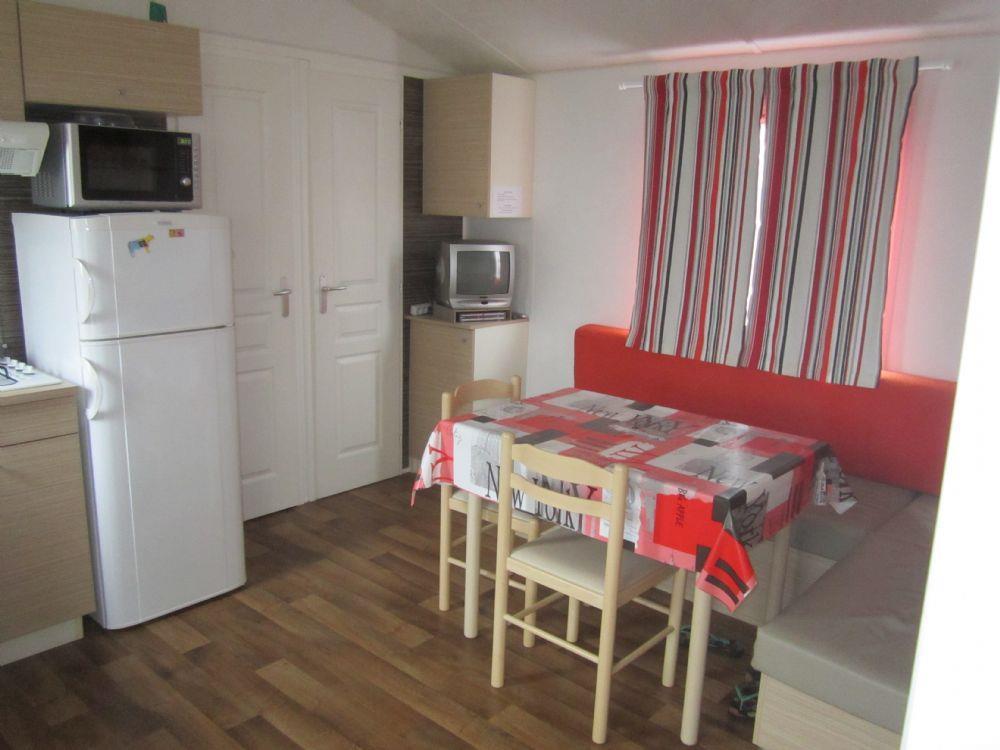 location vacances 9 ridorev ibiza tarif a la nuitee. Black Bedroom Furniture Sets. Home Design Ideas