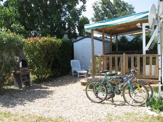 barbecue et vélos dispo