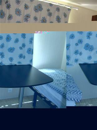 chambre 2 (table amovible)