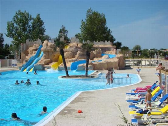 Location vacances n 145 mobil home sun roller mod le bali - Camping ile de re avec piscine couverte ...