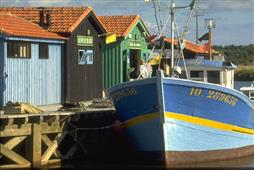 Le Port des Salines � Grand-Village